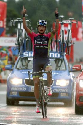 El ciclista colombiano del equipo Lampre, Winner Anacona, se ha proclamado vencedor de la novena etapa de la Vuelta Ciclista a España 2014.