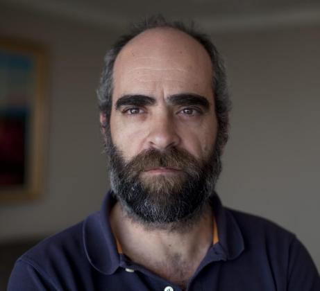 - El actor español Luis Tosar.