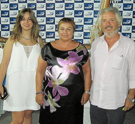 Margalida Jofre, Coloma Terrassa y Sebastià Bennàssar.