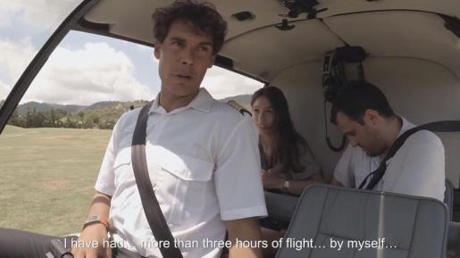 Rafael Nadal, a los mandos de un helicóptero, en el anuncio de PokerStars.