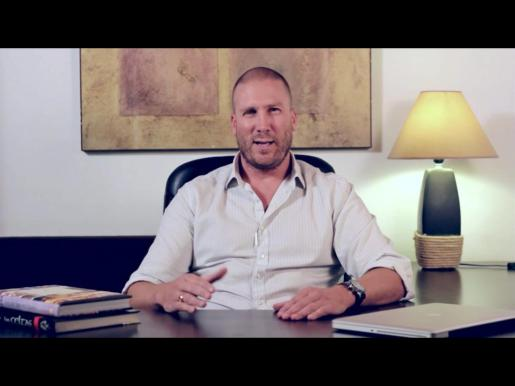 Javier Ricardo Pierotti, en el vídeo que colgó en Youtube explicando la situación que se estaba viviendo en Magaluf y Punta Ballena.