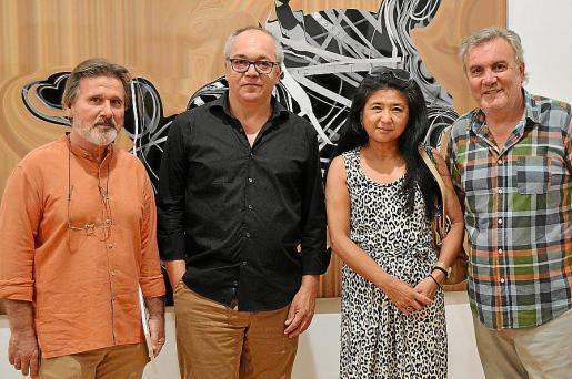 Angel Pascual, Joan Sastre, Yuko Shiraishi y Biel Amer, comisario de la exposición.