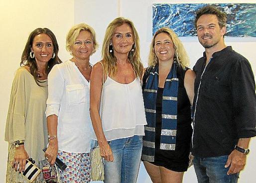 Ivonne Alkorta, Lourdes Rodríguez, Natalia Doggio, María Colom y Martin Pyle.