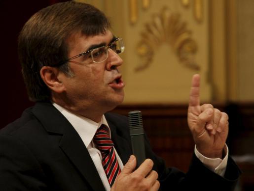 Francesc Antich, en el pleno del Parlament.