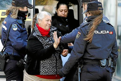 Francisca Cortés 'La Paca' está muy cómoda en la cárcel de Palma.