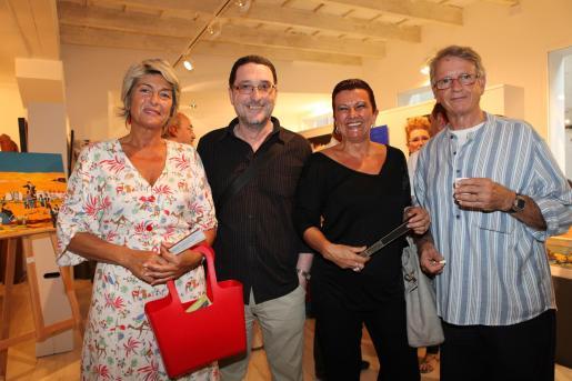 Lina Hernández Galmés, Andreu Anglada Genestar, Rosa Maria Fontestad Vicent y Rafel Torrent Llopis.