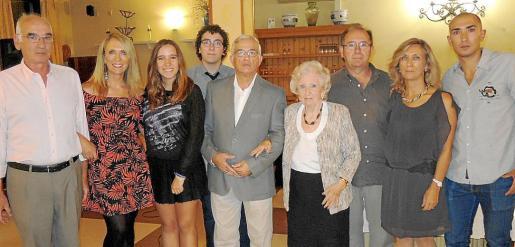 Jaime Ferrari, Lina Pons, Auba Mut, Xavier Rendón, Andreu Quetglas, Margalida Salom, Dino Pons, Margalida Pons y Toni Ferrari.