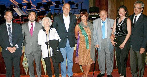 Marcelino Minaya, Joji Hattori, Elfi Egger, Guillermo Estarellas, Sylvia Windisch, Josef Egger, Dagma Sauer y Christian Neukom.