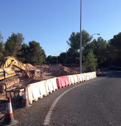 Las obras que lleva a cabo el Consell de Mallorca para la construcción de la rotonda de Cala Blava, comenzaron en septiembre pasado.