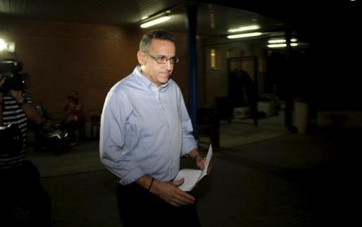 El jefe de la Policía Local de Calvià, José Antonio Navarro, a la salida de la cárcel este jueves.