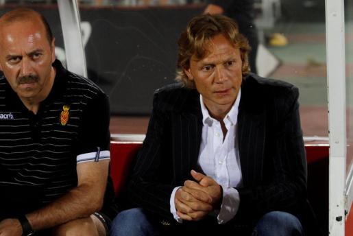 El entrenador del Mallorca, Valeri Karpin, durante un partido.