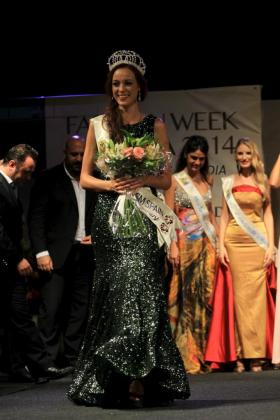La ganadora del certamen, Ana Márquez.