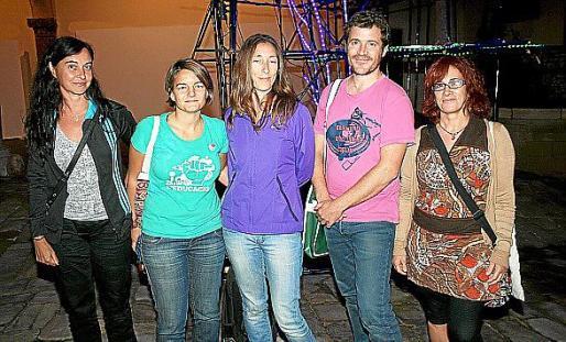 Nicola Greiner, Macu Tomás, Susana Morant, bailarina en 'Alma de muñeca'; Javier Martínez y Encarna Sancho.