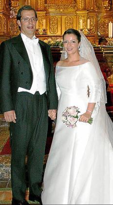 José Luis Gralla y Laura Gordon, que lucía un diseño de Pronovias.