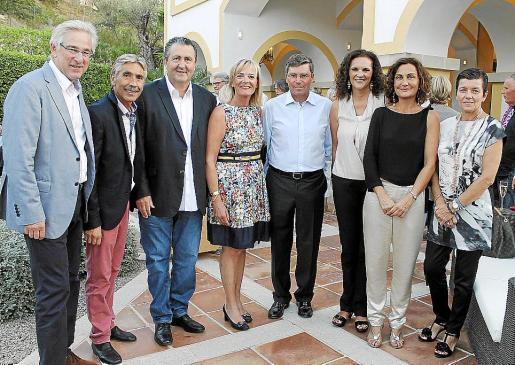 Bernd Jogalla, Jesús Castro, Ramón Servalls, Anne Sinn, Ramón Vaca, Magdalena Bonnín, Tonina Bestard y Carmen Serra.