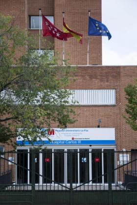 Vista del Hospital Carlos III de Madrid, donde se encuentra ingresada la auxiliar de enfermeria Teresa Romero.