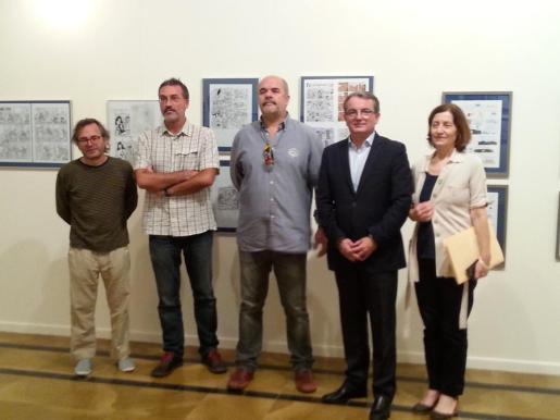 Imagen de la presentación de la exposición 'Mar de fondo', en la Capilla de la Misericòrdia. De izquierda a derecha, Pere Joan, Juan Roig, Rafel Vaquer, Joan Rotger y Catalina Sureda.