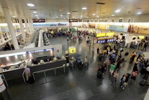 Pasajeros en el aeropuerto de Gatwick