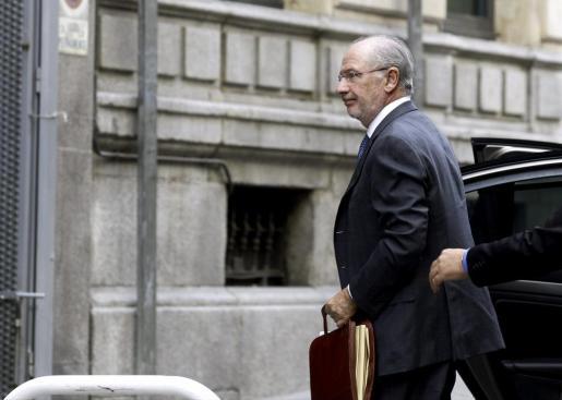 El expresidente de Bankia Rodrigo Rato, a su llegada a la Audiencia Nacional, donde fue citado por el juez Fernando Andreu para declarar como imputado por el caso de las tarjetas opacas de Caja Madrid.