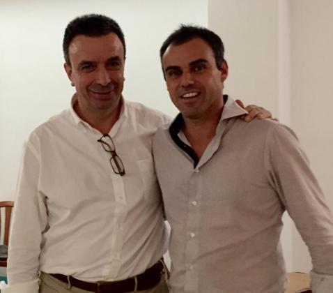El secretario general del PP, Miquel Vidal, junto a Martí Torres, candidato del partido en Santa Margalida para las elecciones de 2015.