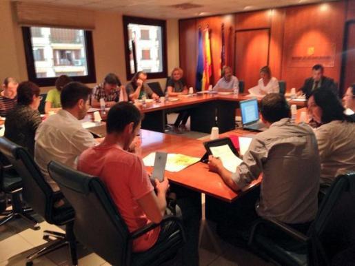 Un momento de la reunión mantenida por la Mesa Sectorial de Educación este miércoles.