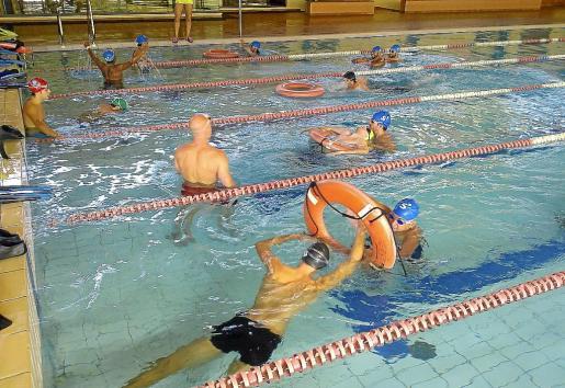 La concesionaria de la piscina municipal de Manacor, Esquitxos de Blavor SL, lleva 17 años aciéndose cargo de la instalación y del servicio.