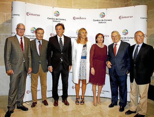 José Luis Roses, Joan Gual de Torrella, Mateo Isern, Teresa Palmer, Margalida Roig, Josep Oliver y Fernando Alzamora. Fotos: Teresa Ayuga
