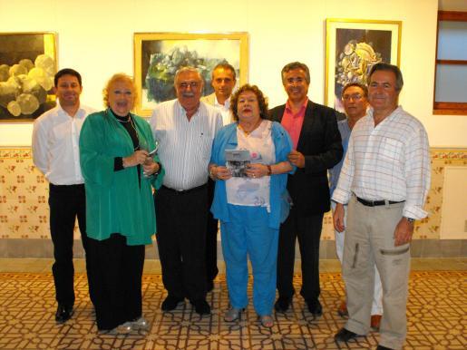 Óscar Mayol, Mª José Corominas, Pere A. Serra, Miquel Gual, Mercedes Fornés, Rogelio Araújo, Francisco Rodríguez y Jaume Orell.