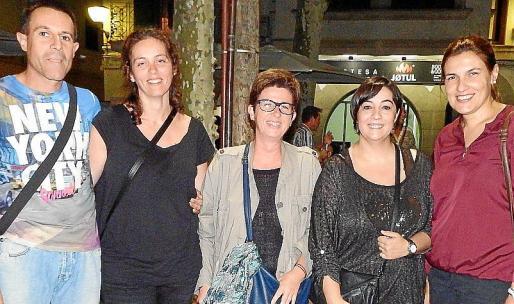 Gaspar Balaguer, Esperança Crespí, Margalida Payeras, Magdalena Moranta e Isabel Crespí.