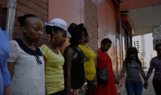 Fotograma del corto documental de Pep Bonet, 'GirlZtalk'.