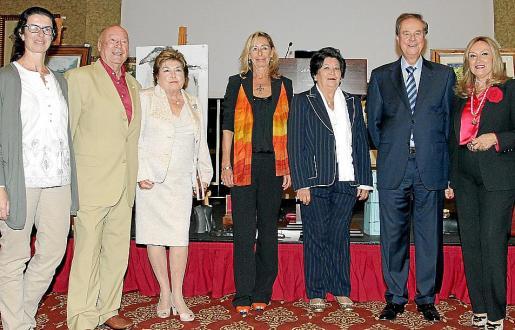 María José Morales, Onofre Prohens, Ana Mª Jaume, May Fernández de la Puente, Margarita Mateu, Gabriel Escarrer y Rafi Córdoba.