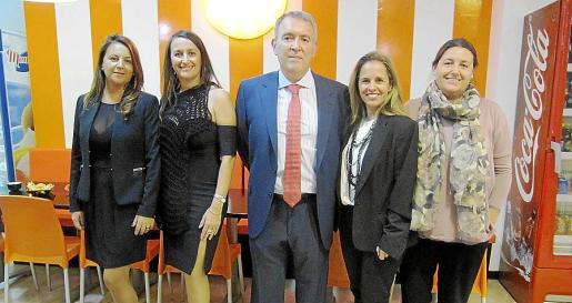 Marta y Cristina Seguí, Juan Antonio Tormo, Neus Morey y María David Seguí.