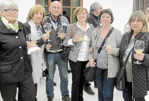 Imma Mestres, Francisca Picornell, Pau Ramis, Maria Antònia Martínez, Ana y Lucía Estrems.