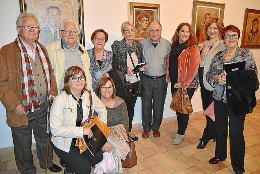 Andreu, Marilén, Andreu y Francisca Capllonch; Margalida Humbert, Maria Van Slingerlandt, Osvaldo Leite, Isabel y Marrosi Capllonch, y Danita Parets.