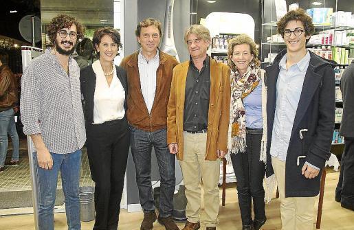 Kiko Sagristà, Paloma Buades, Mateo Isern, Pedro Morell, María José Barceló y Gabriel Sagristà.