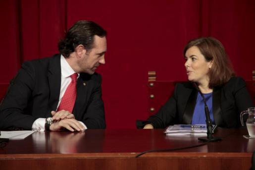 José Ramón Bauzá, con Soraya Sáenz de Santamaría el pasado martes en Palma.