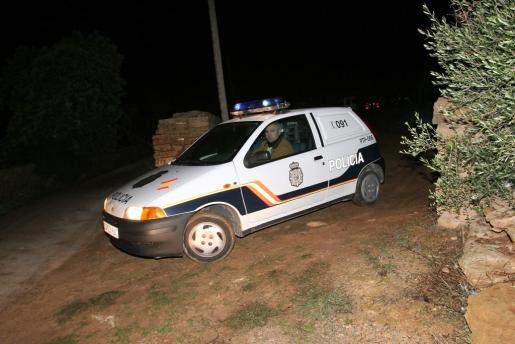 El Cuerpo Nacional de Policía ha montado un amplio dispositivo para dar con los atracadores.