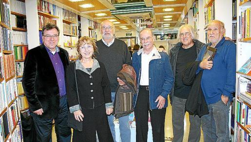 Jordi Ferrando, Carme Simó, Joan Perelló, Antonio Vidal Ferrando, Llorenç Capellà y Sebastià Manresa.