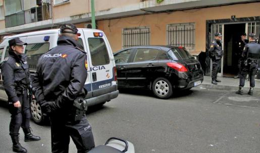 Uno de los principales registros se practicó en la calle Pico Cebollera en Son Gotleu.