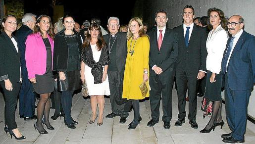 Pepa Olmedo, María Umbert, Paula Serra, Aurora García, Xavier Salinas, Gari Durán, Xavier Bonet, Sete Benavides, Carmen Planas y Nicolás Pomar.