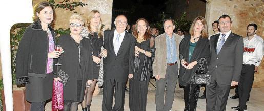 Paula Serra, Mariana Díaz, Natasha Lebedeva, Tomeu Català, Patricia Estrada, Rafa Forteza, Ángela Moreda y Jesús Mullor.