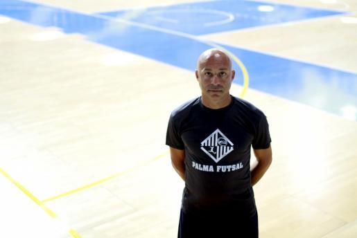 Juanito, técnico del Palma Futsal.