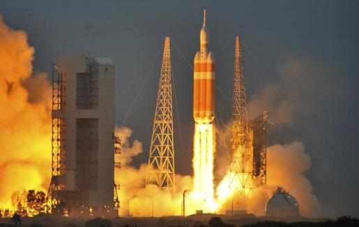 La cápsula Orion, en el momento del despegue.