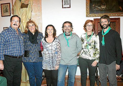 Bernardí Seguí, Carmina Homs, hija de Maria Ferret; Inma Moreno, directora de la Fundación; Antonio Pons, presidente de la misma; Pilar Amer y Pere Gayá, patronos.