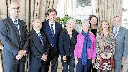 Miquel Ángel Mut, Joan Martorell, Mateo Isern, Catalina Llinás, Catalina Feliu, Jerònia Marqués, Maribel Crespí y Roberto Jara.
