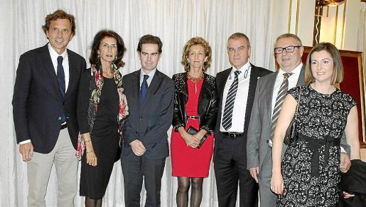 Mateo Isern, Carmen Planas, Miquel Miralles, María José Barceló, Jaime Vidal, Francisco Ramis y Joana Ribas.