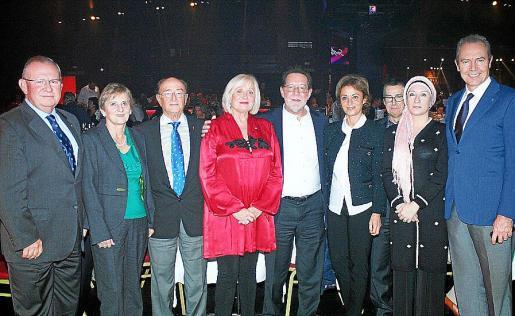 Pancho Roses, Maya Panadés, Juan Parera, Carmen Gordó, Antonio Salvá, Marta Font, Javier Blasco, Margarita Sendín y Jesús Martínez.
