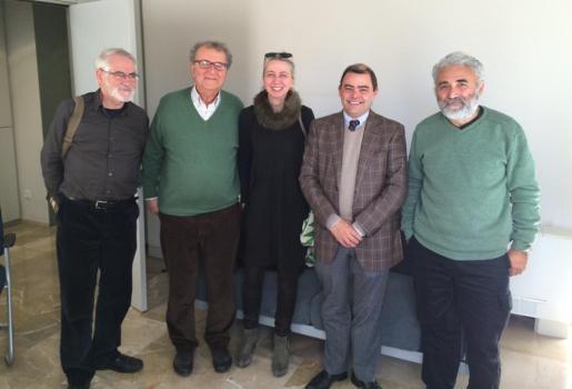 Cosme Bonet se ha reunido con representantes de colectivos afectados como Jubilados de Mallorca para tratar el asunto.