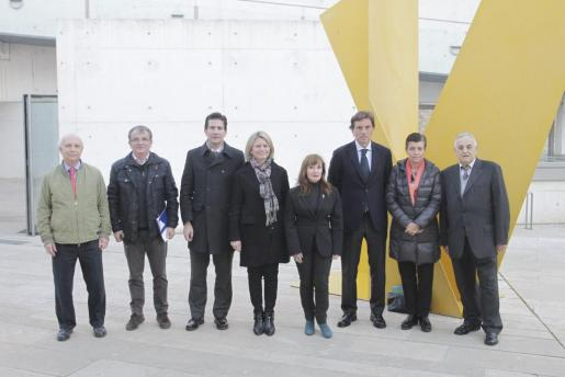 Jaume Juan, Joan Rotger, Fernando Gilet, Núria Riera, Nekane Aramburu, Mateo Isern, Carme Serra y Sebastià Ginart, miembros del Patronato de la Fundació Es Baluard.