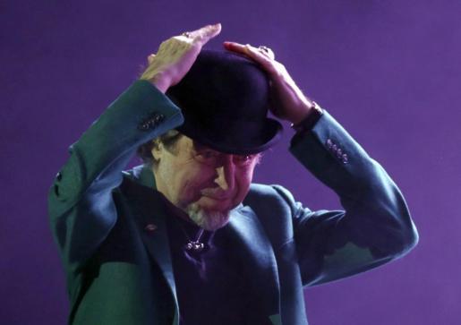 El cantante Joaquín Sabina durante el concierto que ha ofrecido en Madrid.